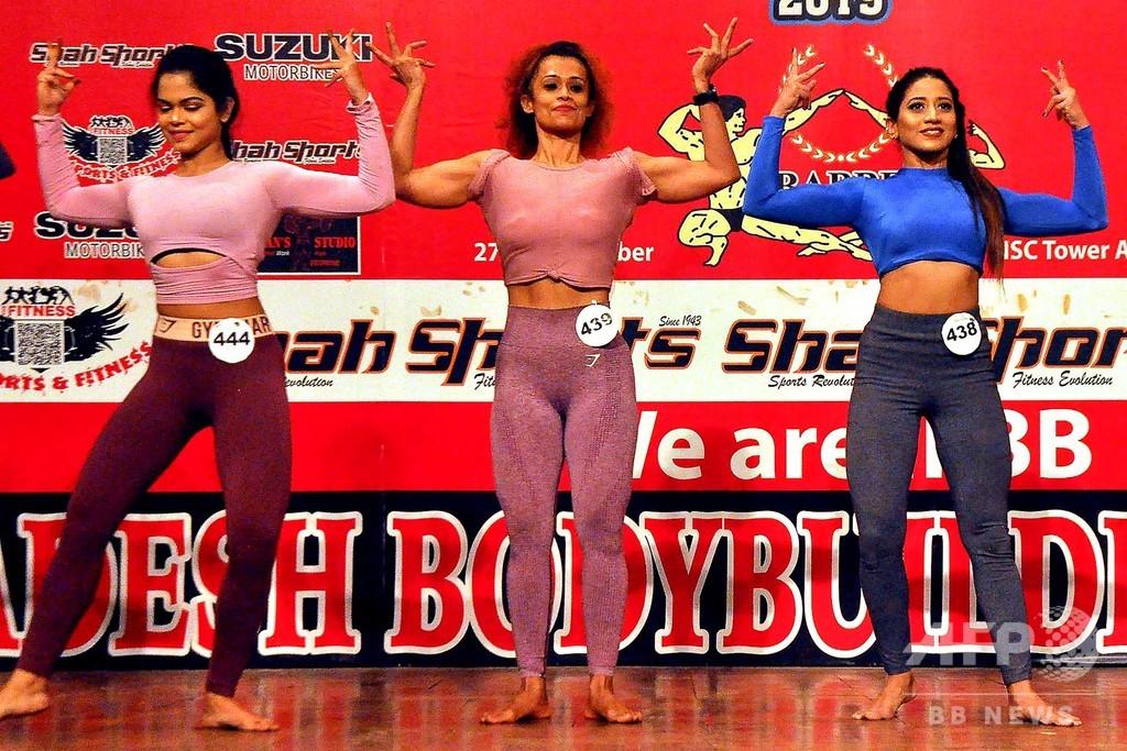 バングラ初の女性ボディービル大会開催−筋肉の祭典で露出少なめ!?−