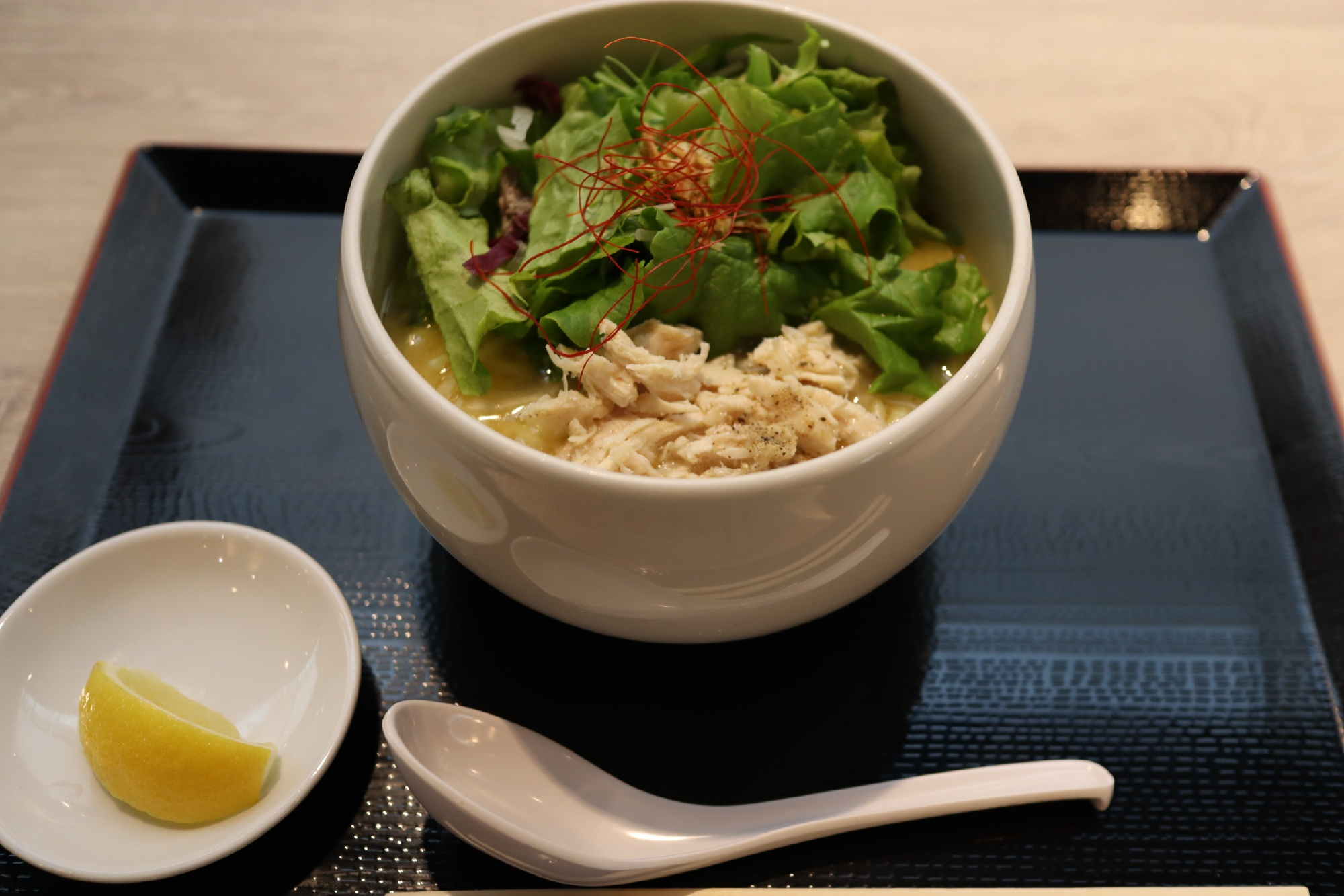 「鶏白湯という名のポタージュ系ラーメン」自由が丘蔭山樓 南町田店@東京都町田市