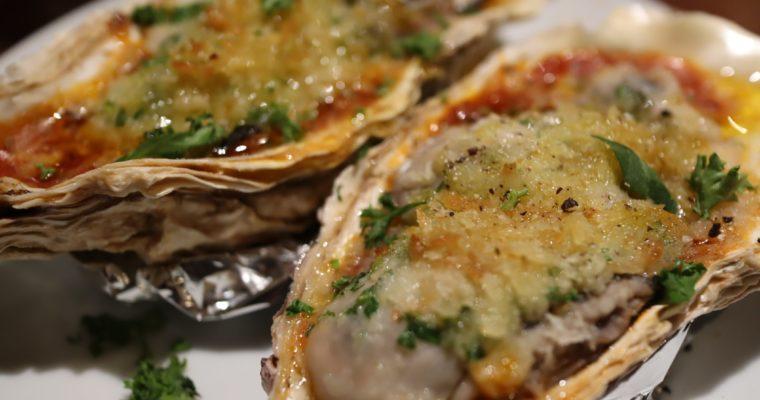 「ふわふわの自家製モッツァレラチーズ」PIZZERIA & BAR RICCO@大阪市北区