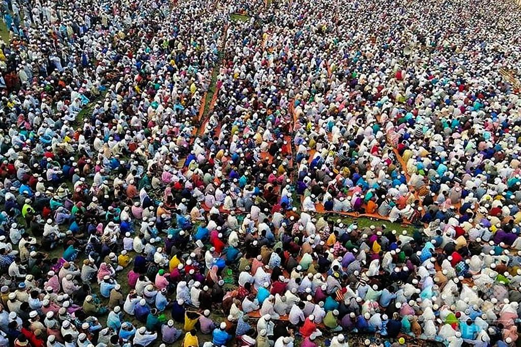 バングラデシュでウイルスからの解放を祈る礼拝を開催し、2万5000人が参加
