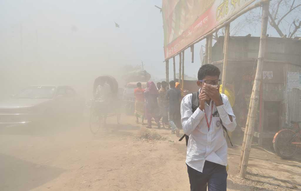 ダッカの大気汚染が、新型コロナウイルス感染拡大につながる!?