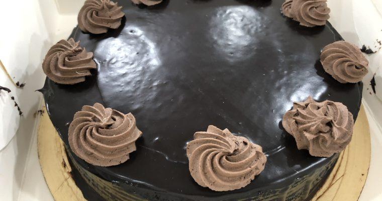 あまり美味しくないバングラデシュのケーキ事情